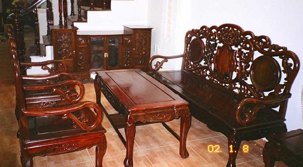 Đánh vecni bàn ghế tại quận Thanh Xuân
